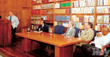 http://hoy.com.do/image/article/137/460x390/0/46742F38-B75D-40BE-AF45-65C908706205.jpeg
