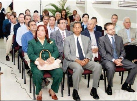 http://hoy.com.do/image/article/136/460x390/0/CAEED031-3708-48EA-AC97-7FB64150A25F.jpeg