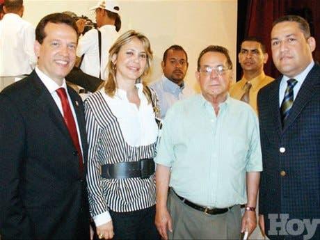 http://hoy.com.do/image/article/137/460x390/0/FEE0016F-B352-4B0C-8677-ABE3DE91D180.jpeg