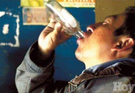 Variantes genes reducen riesgo cánceres asociados al alcohol