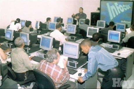 El ITLA ofrece 400 becas para estudio carreras tecnológicas