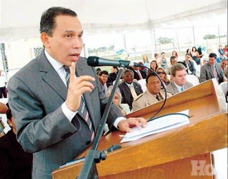 http://hoy.com.do/image/article/336/460x390/0/9F40F347-32F2-44C1-90C1-964E8E2292A5.jpeg
