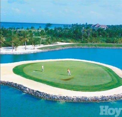 Tortuga Bay es acreditado entre los más exclusivos del mundo