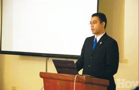 Anixter imparte seminario a socios