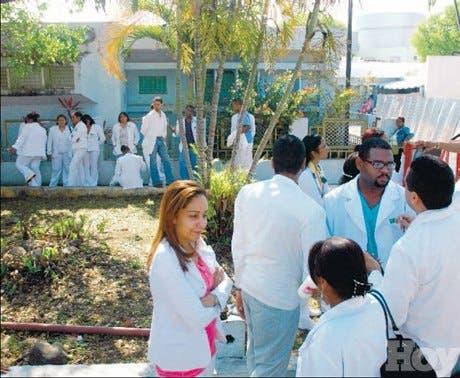 Médicos podrían retomar lucha en las próximas horas