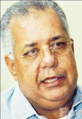 Cabildo de Baní pensiona a 58 trabajadores