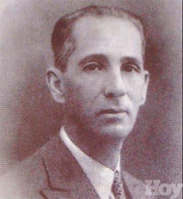 <STRONG>Cápsulas genealógicas<BR></STRONG>Marcos A. Cabral