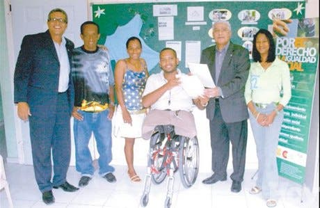 http://hoy.com.do/image/article/418/460x390/0/3FFAEE91-0B09-4738-A228-8685DF51B641.jpeg