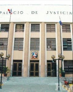 http://hoy.com.do/image/article/418/460x390/0/585C82D0-1133-4D5C-AB44-9312BAD1412A.jpeg
