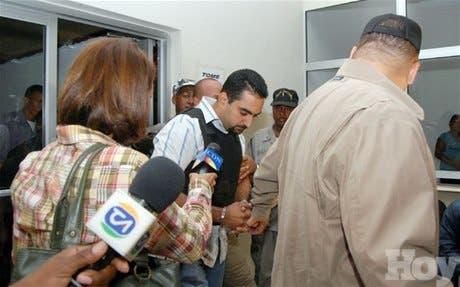 http://hoy.com.do/image/article/418/460x390/0/6CF7C32B-9BAE-46F0-A874-4E71D5C31480.jpeg