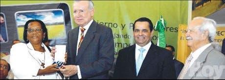 http://hoy.com.do/image/article/417/460x390/0/6D472201-1789-42E3-A712-0CF42D289A37.jpeg