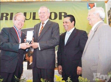 http://hoy.com.do/image/article/420/460x390/0/E74B07EC-E5CE-4D0C-9423-390944EDB982.jpeg