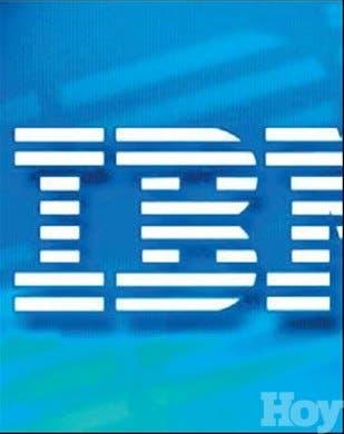 IBM demanda antiguo director