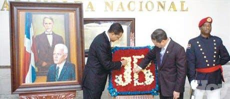 <P>Cálidos homenajes al Profesor Juan Bosch</P>
