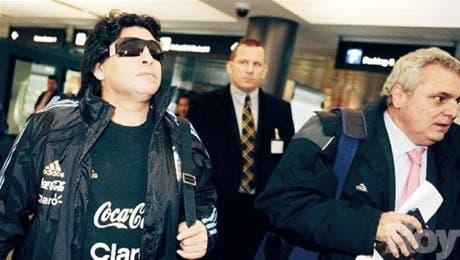 La FIFA sanciona a Maradona con dos meses de suspensión