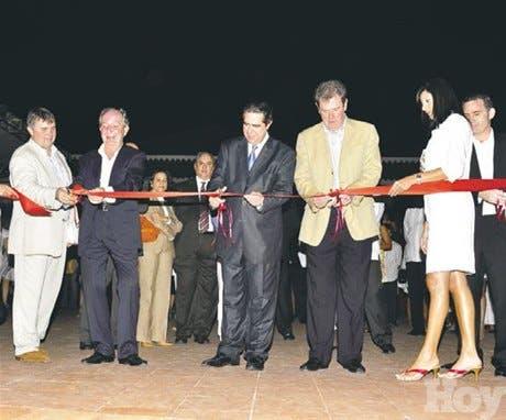 http://hoy.com.do/image/article/478/460x390/0/E039050E-BB07-4667-9EBC-5297C985AF1E.jpeg