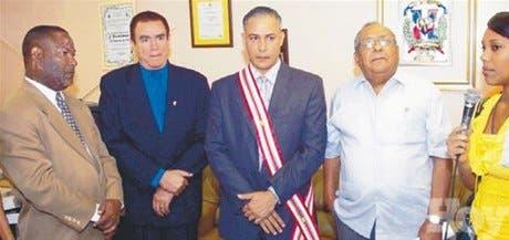 Derechos Humanos reconocen Arias Noboa