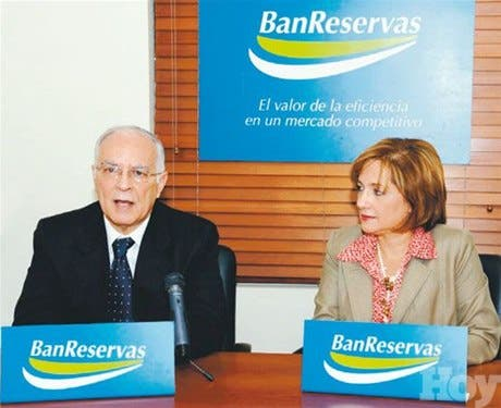 http://hoy.com.do/image/article/487/460x390/0/154689DC-F8C3-4D2C-B850-1186FE760111.jpeg