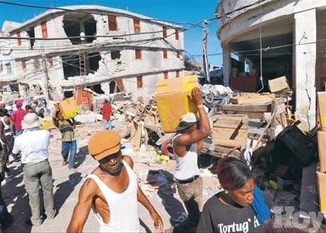 Saqueos y graves fallas <BR>para dar ayuda en Haití