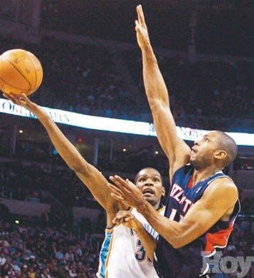 Kevin Durant maltrató defensa de los Atlanta Hawks y Horford