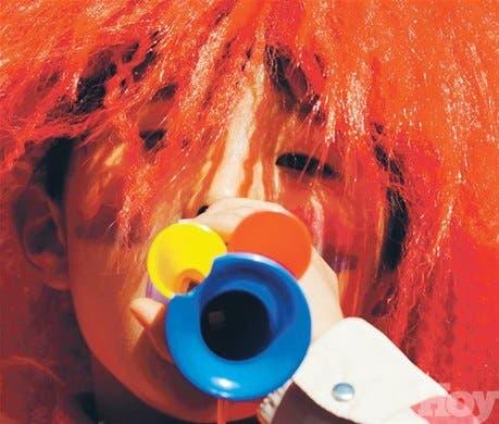 <STRONG>Menudo mundo<BR></STRONG>Un físico croata crea filtro contra vuvuzelas