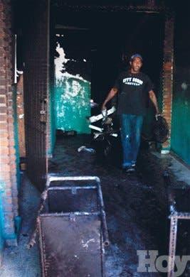 Bomberos indagan causas del incendio que afectó 17 familias