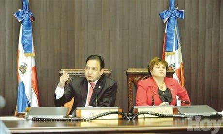 Legislatura vencerá el miércoles sin conocer ley Tribunal Constitucional