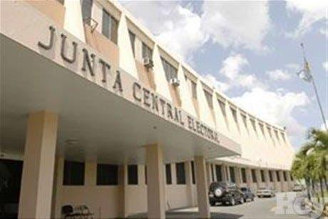 Pleno JCE entrega cronograma actividades en ruta a elecciones presidenciales