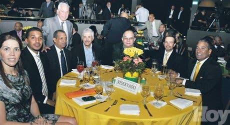 Franklin León resalta importancia del deporte
