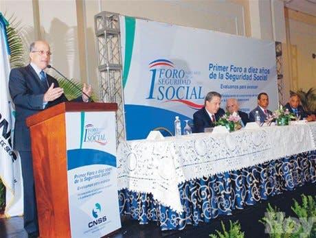 Max Puig dice persisten niveles inaceptables de inequidad