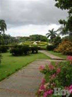 Botánico anuncia cierre de su instalación