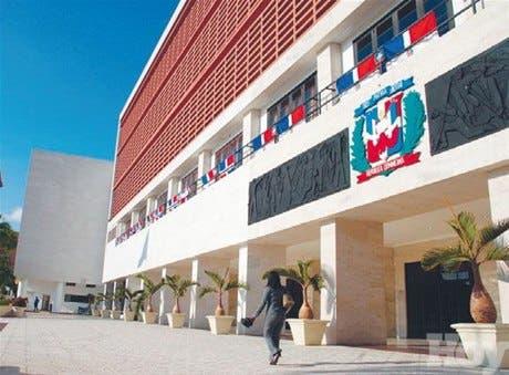 Senado discutirá observaciones TC