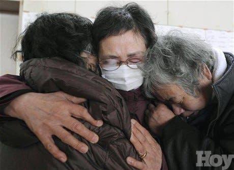 El número de muertos por el tsunami supera ya los 11.000