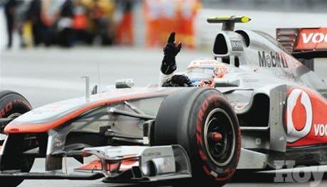 """En carrera """"pasada por agua"""", Button gana prueba en Canadá"""