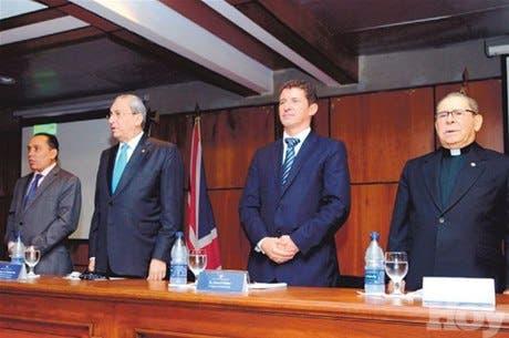 http://hoy.com.do/image/article/673/460x390/0/1A7D89B4-5136-47F6-83F8-AE03FA946A49.jpeg