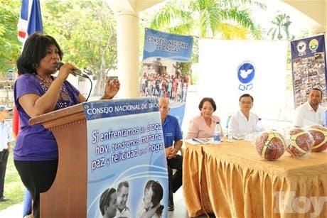 http://hoy.com.do/image/article/674/460x390/0/43380EF4-09B9-4A16-8DEC-01B6EC50E79A.jpeg