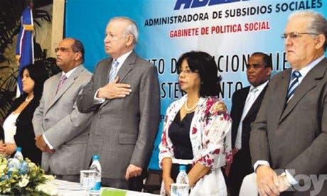 http://hoy.com.do/image/article/673/460x390/0/61ECD413-BDB5-4431-8BCF-382532C8BF37.jpeg