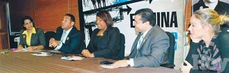 http://hoy.com.do/image/article/671/460x390/0/6320A32B-D0AB-42A6-B33A-5A31B9BE108A.jpeg