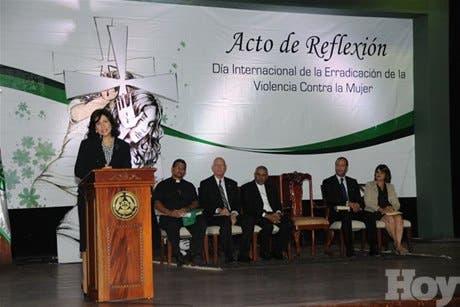 http://hoy.com.do/image/article/673/460x390/0/701A64AB-477F-4780-A149-3A741B3CFDB7.jpeg