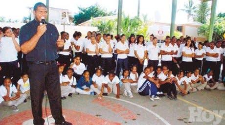 http://hoy.com.do/image/article/675/460x390/0/8EB675FC-D505-4247-A384-968674A59E57.jpeg