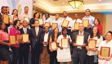 Citi destaca importancia de apoyar a microempresas para reducir pobreza