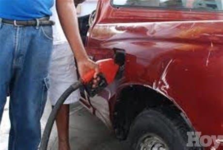 Precios de los combustibles subirán desde un peso hastaRD$2.50