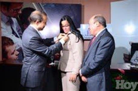 DGII celebra cuarto congreso Carrera Tributaria y Administrativa con 77 empleados
