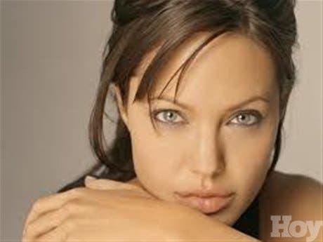 Jolie considera necesario intervenir en conflictos como el de Bosnia o Siria
