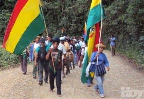 Indígenas reinician marcha en Bolivia en rechazo a carretera en Amazonia