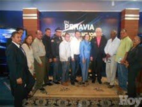 Gobernadora asegura administración LF ha invertido 200 mil millones en Baní
