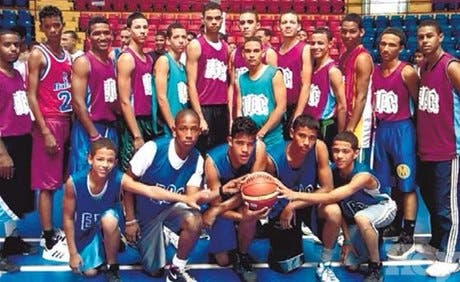 Fundación Clara gana torneo mini basket regional