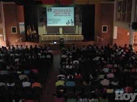 http://hoy.com.do/image/article/730/460x390/0/58213BF5-9775-4D65-B9B9-820DAD49EEAD.jpeg