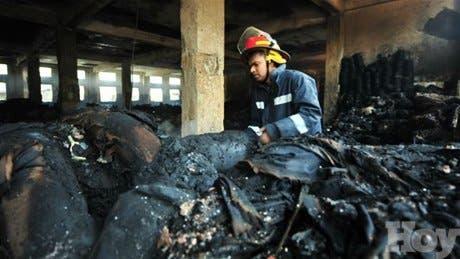 <STRONG>Protestan por muerte de 112 personas durante incendio en Bangladesh</STRONG>