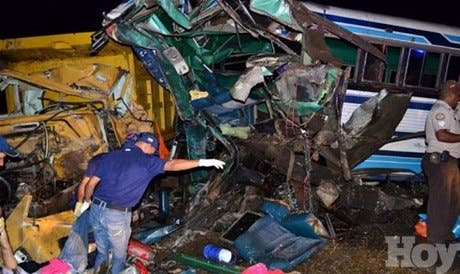 <P><STRONG>Al menos 8 muertos y 25 heridos en accidente de tránsito en Venezuela</STRONG></P>